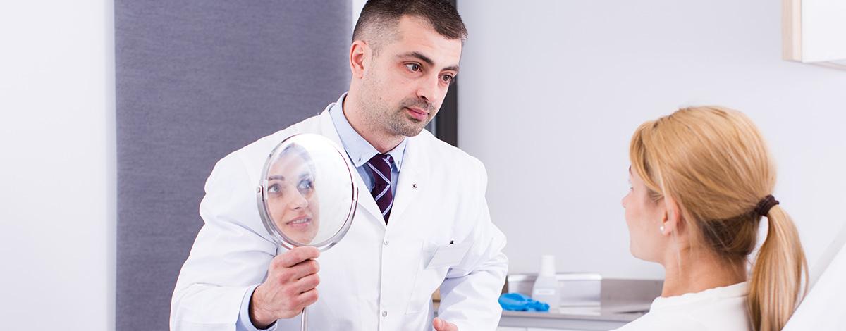 No confíes en falsos médicos de medicina estética