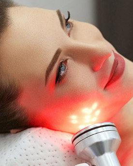 Tratamientos faciales con aparatología